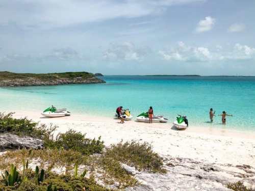 jet ski bahamas with teens