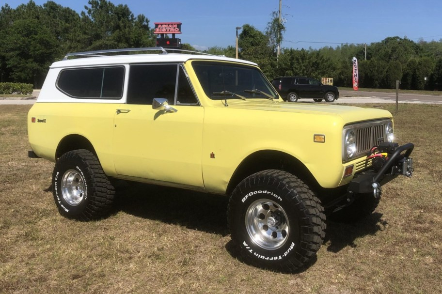 Modified 1974 International Harvester Scout II