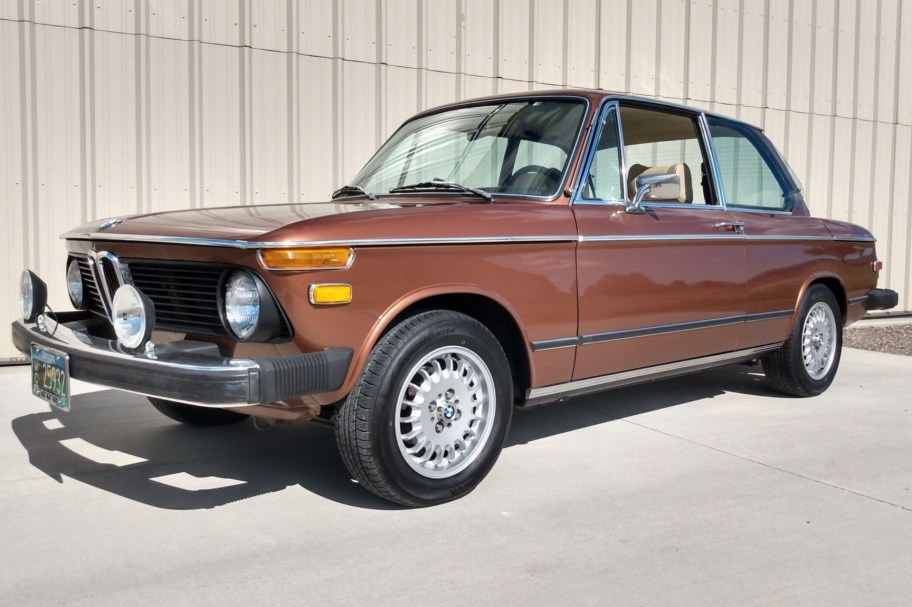 1975 BMW 2002 2.2L 5-Speed