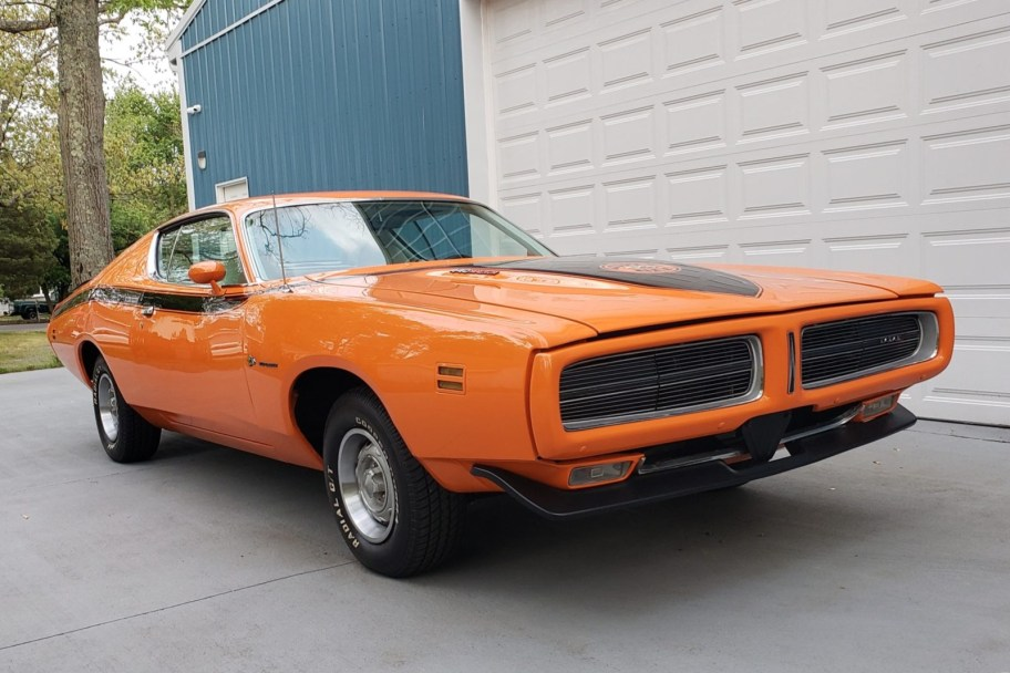 1971 Dodge Charger SE Super Bee Tribute