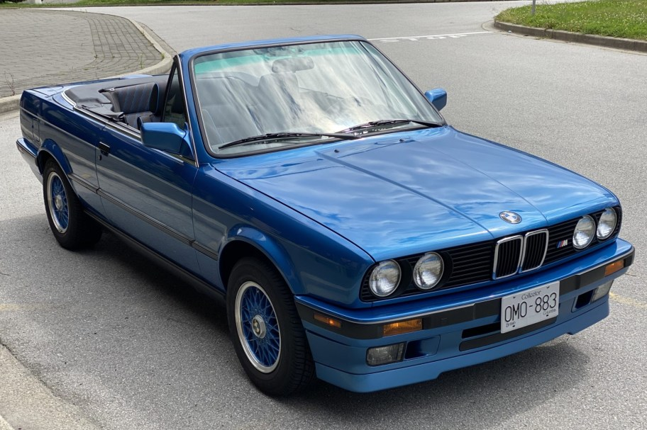 1992 BMW 318i Convertible Design Edition 5-Speed