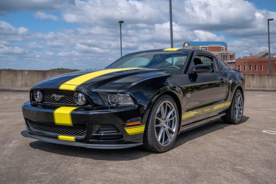 No Reserve: 3,500-Mile 2014 Ford Mustang Hertz Penske GT 6-Speed