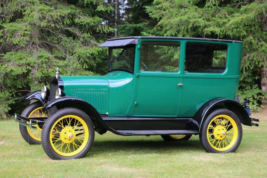 No Reserve: 1927 Ford Model T Tudor Sedan