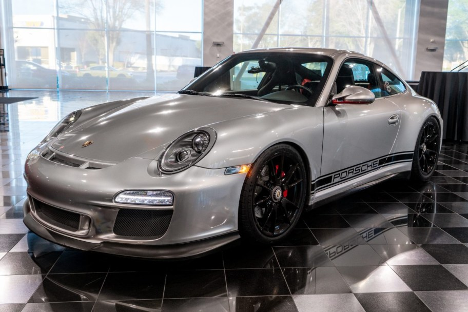 Modified 2012 Porsche 911 Carrera 4 GTS