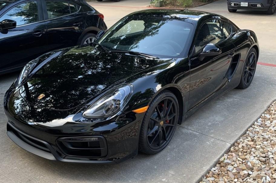 500-Mile 2016 Porsche Cayman GTS