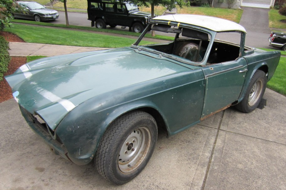 1968 Triumph TR250 Surrey Top Project