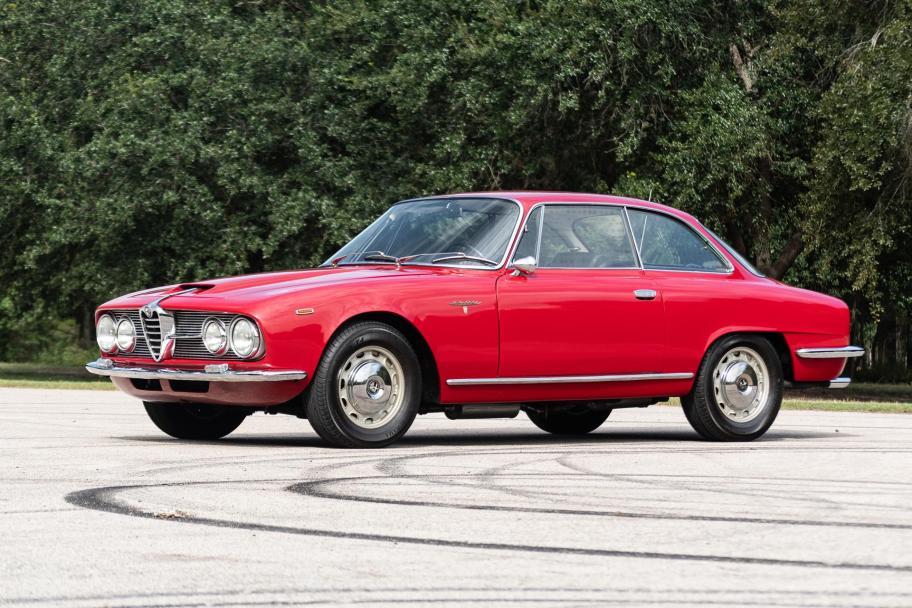 No Reserve: 1966 Alfa Romeo 2600 Sprint