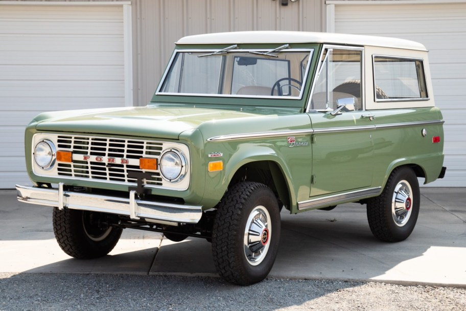Restored 1971 Ford Bronco 302ci