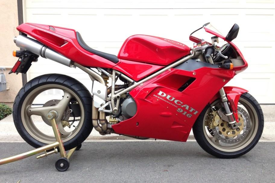 232-Mile 1995 Ducati 916