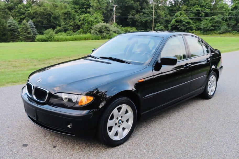 No Reserve: 2004 BMW 325xi 5-Speed