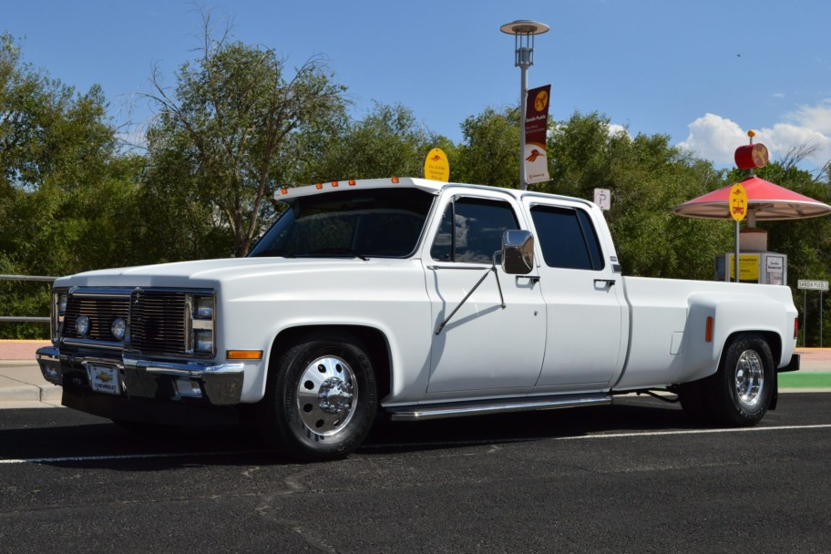 1987 Chevrolet R30 One-Ton Crew Cab Dually