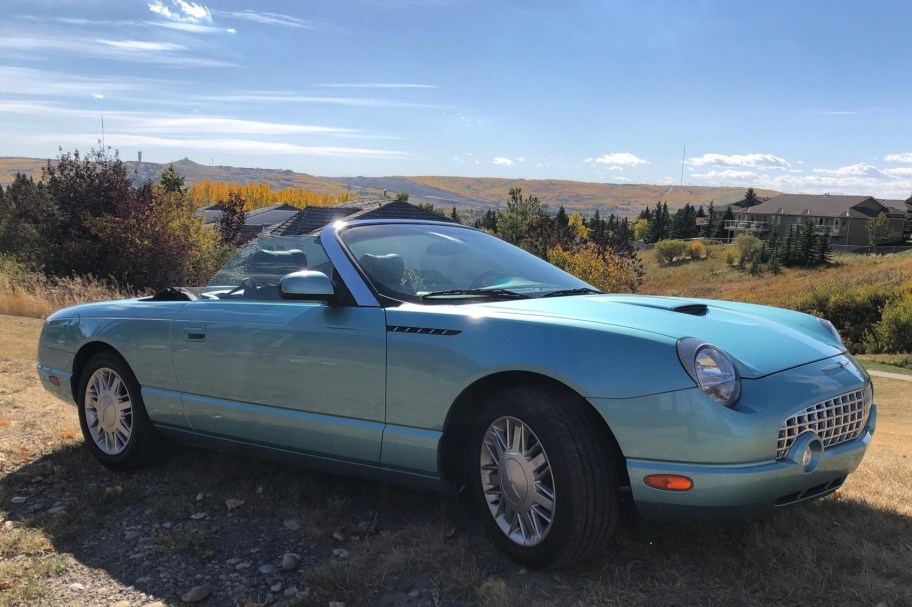 No Reserve: 27k-Kilometer 2002 Ford Thunderbird