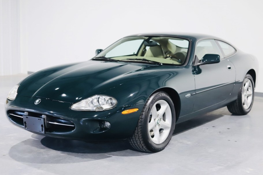 29k-Mile 2000 Jaguar XK8 Coupe