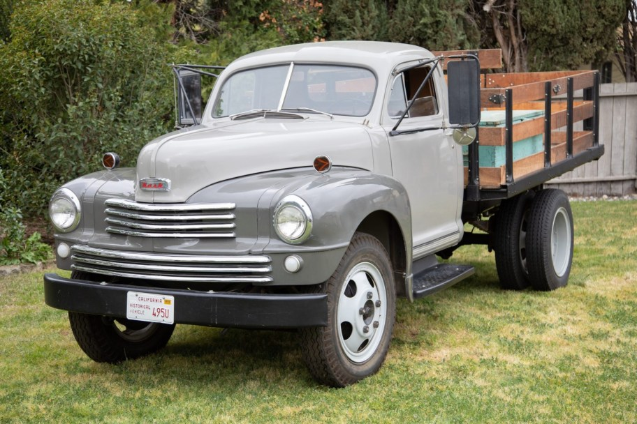 1948 Nash Model 3148 Haul Thrift Stake Truck