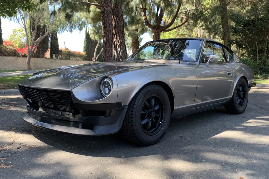 Modified 1971 Datsun 240Z 5-Speed