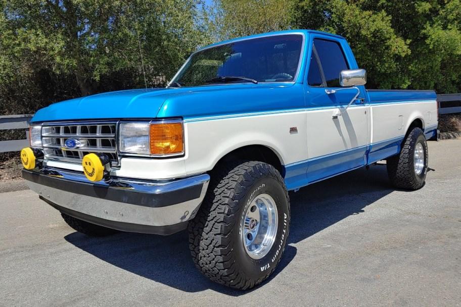 No Reserve: 1987 Ford F-150 XLT Lariat 4x4