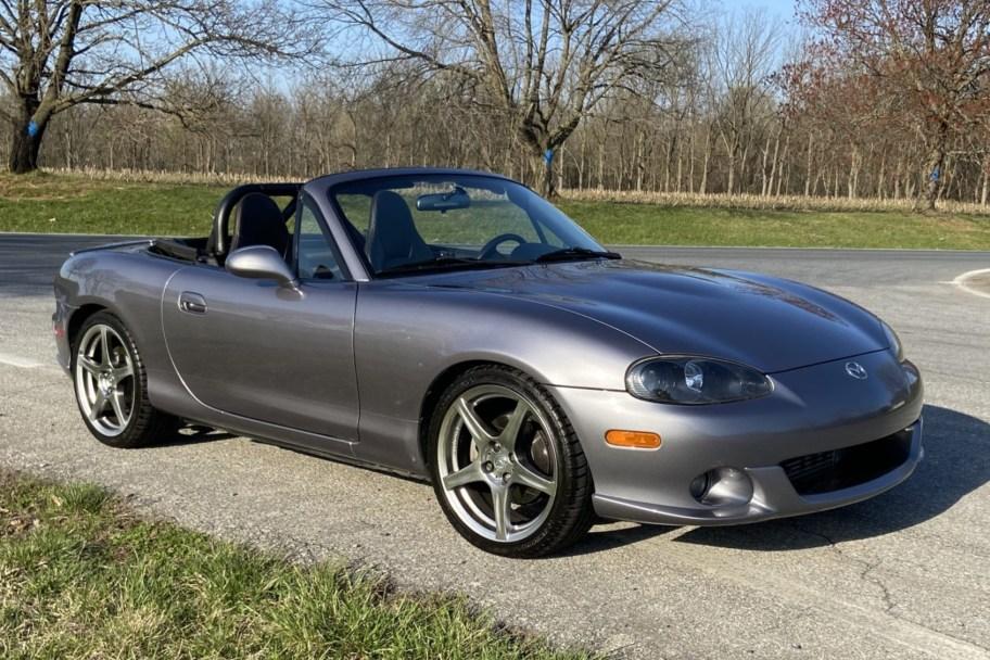 Modified 2004 Mazda Mazdaspeed MX-5 Miata