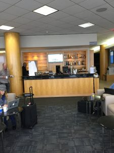 Bar in United Club LAX, United Club LAX