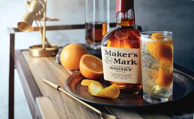 Maker's Mark Bourbon Whiskey With Serving
