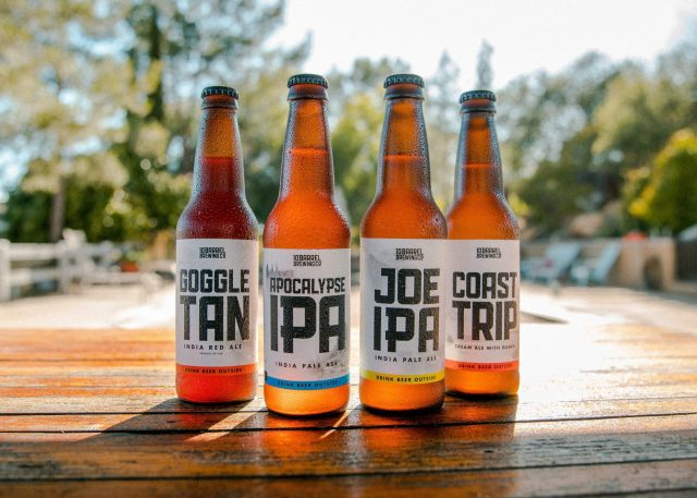 4 Bottles of IPA on a tabel