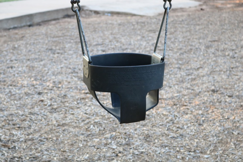 child swing.  t