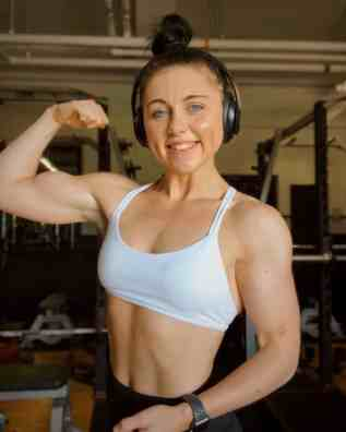 Picture of Brooke in the gym