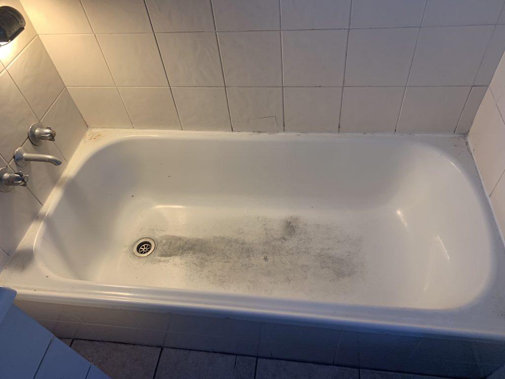 Grubby Enamel bath