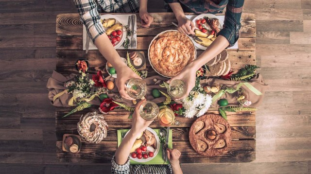 As people from all over the world celebrate by enjoying local and traditional dishes, we hope that our top tips can help you make better decisions about pairing the right wines.