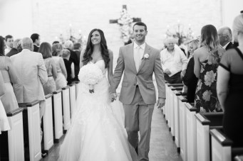 photos-of-wedding-ceremonies-at-briscoe-manor-031
