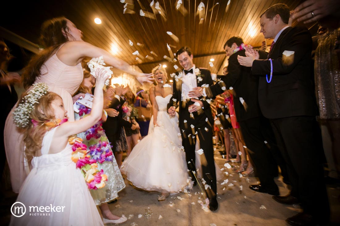 photos-of-wedding-departures-at-briscoe-manor-023