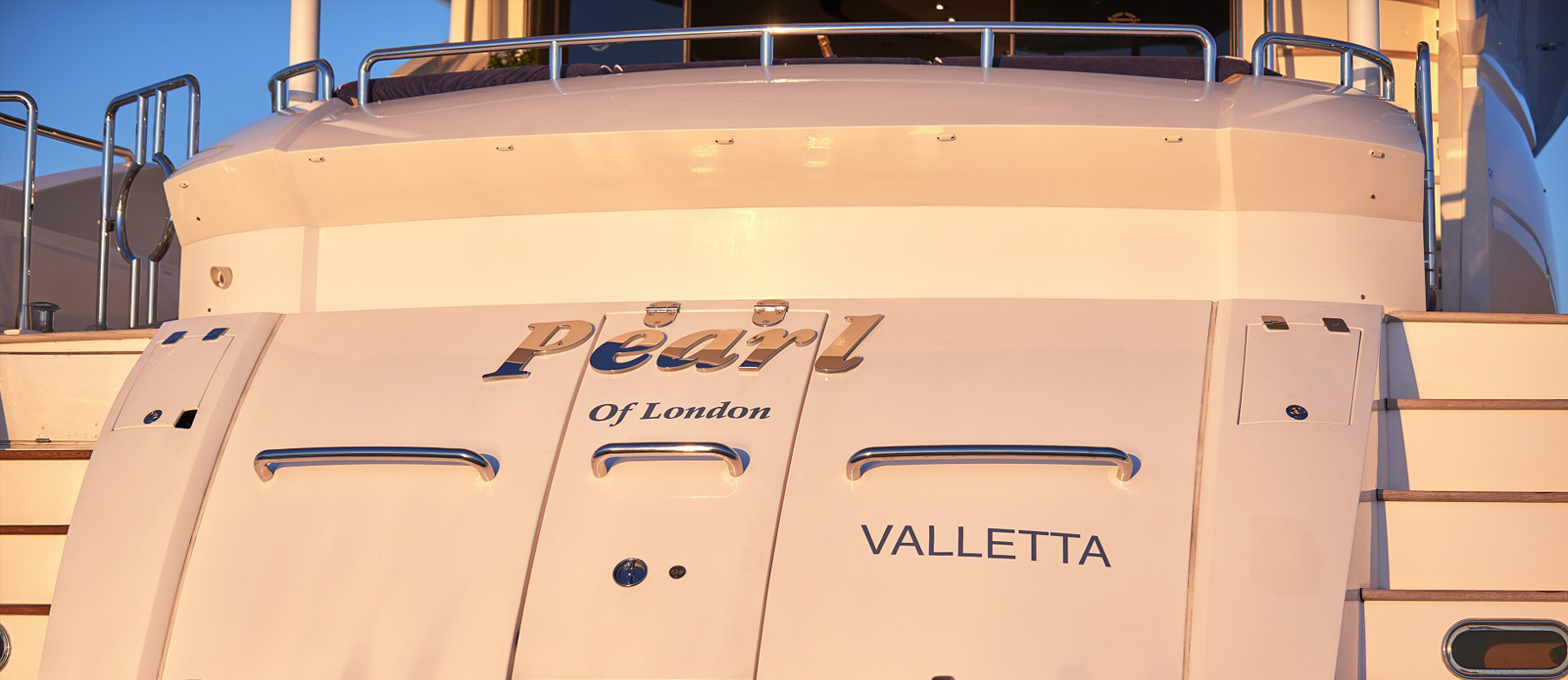Sunseeker 94 Yacht - Pearl of London - Aft-Platform