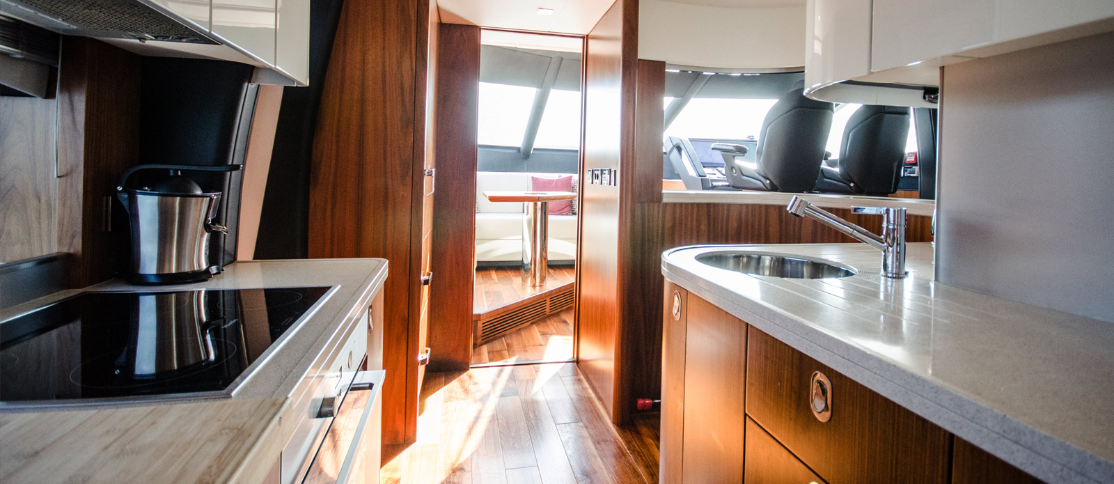 Sunseeker 86 Yacht - Galley