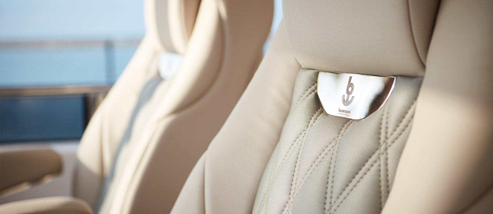 Princess 30 Metre Yacht Bandazul - Helm Seats