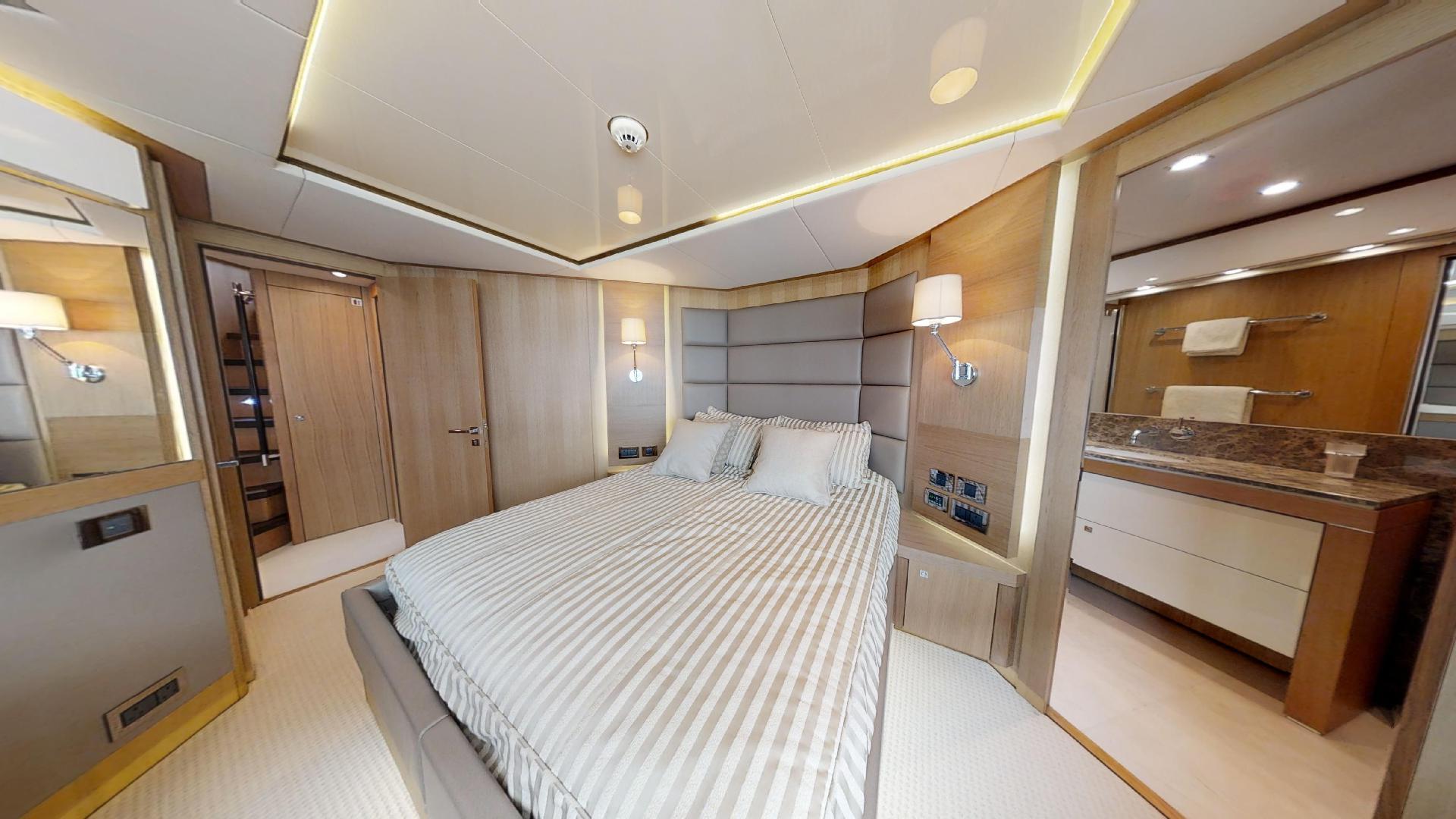 Manhattan-Express-II-VIP Cabin Number 2