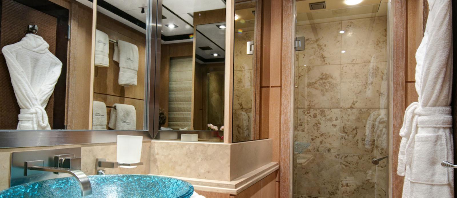 Silver Wave -Double Cabin En-Suite
