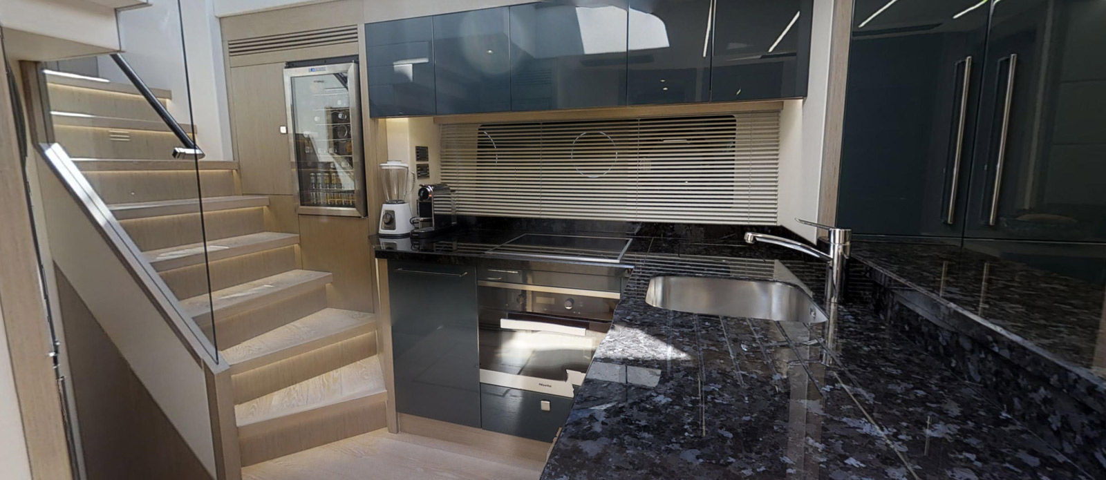 Sunseeker 74 Predator - Galley-3