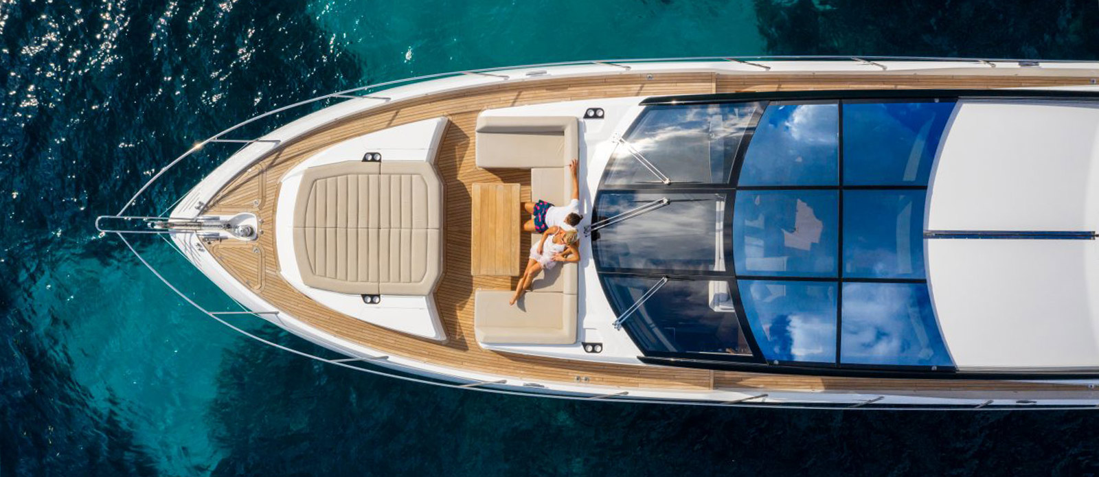 Sunseeker 74 Predator - Overhead-Close