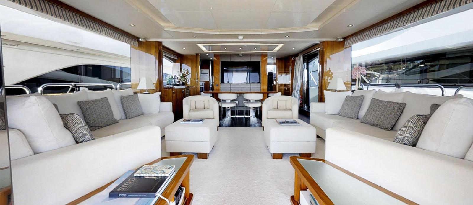 Sunseeker-86-Yacht-MiBowt-Saloon