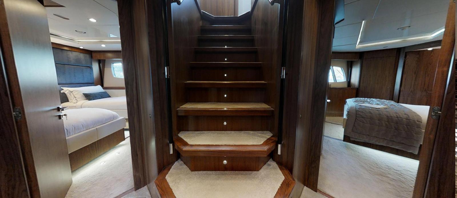 Sunseeker-115-Sport-Yacht-Zulu-Lower-Deck-Lobby