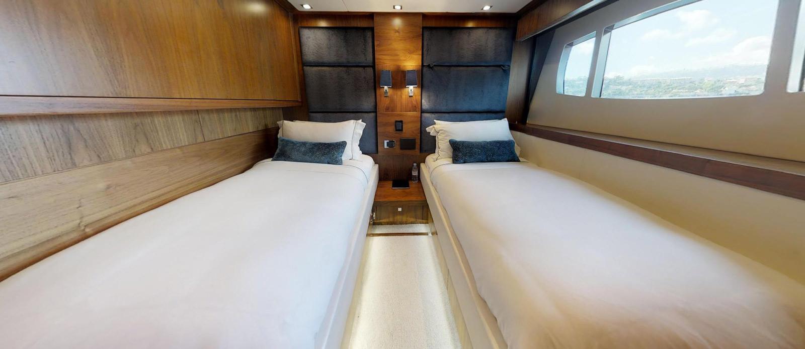 Sunseeker-115-Sport-Yacht-Zulu-Starboard-Twin-Guest-Cabin