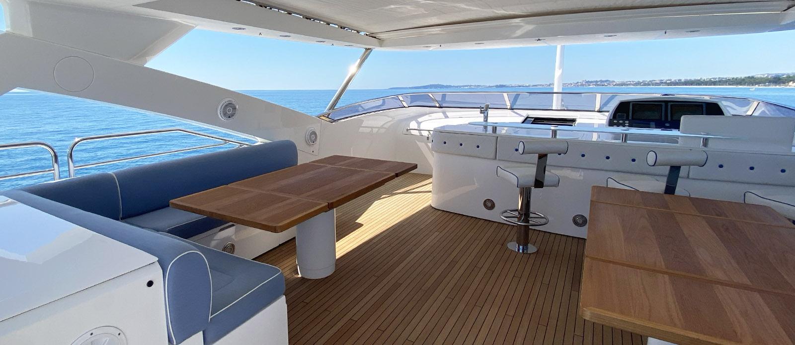 Flybridge - Tuppence-Sunseeker 30m Yacht