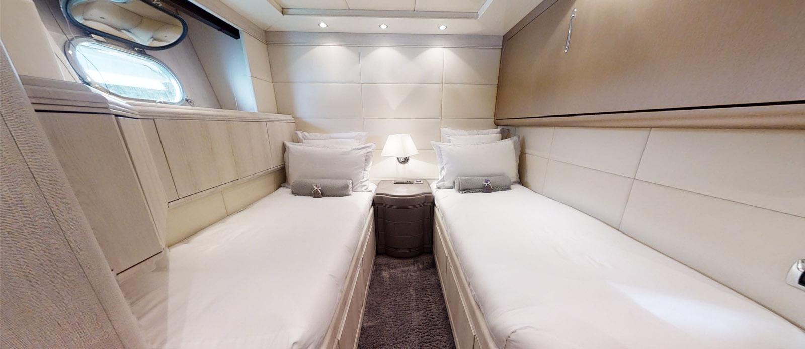 Starboard Twin Cabin - Mangusta 105 - Lauren V