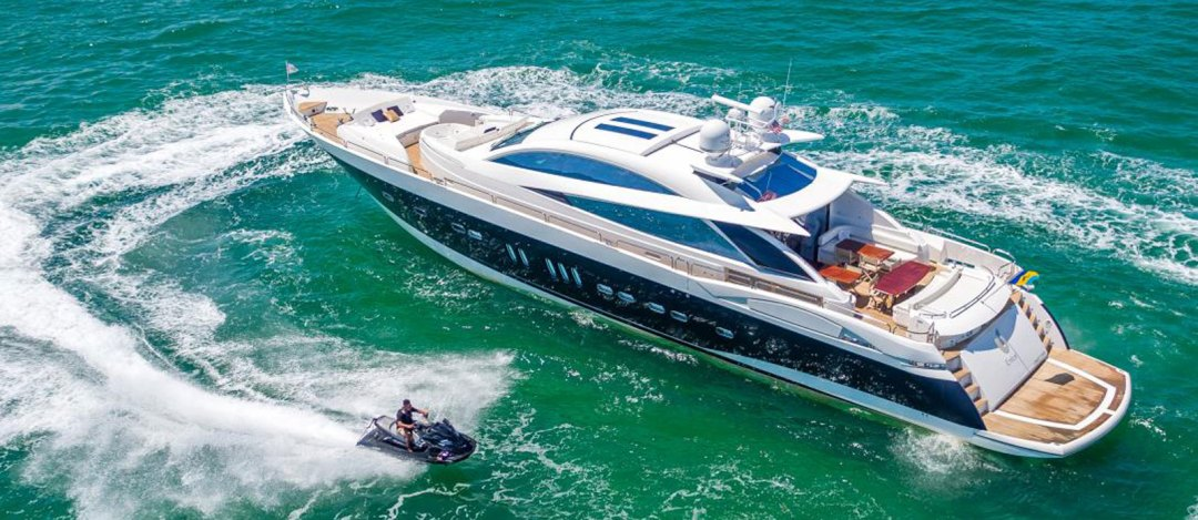 Sunseeker-108-Predator-james-bond-Wanted-For-Sale-Bristow-Holmes