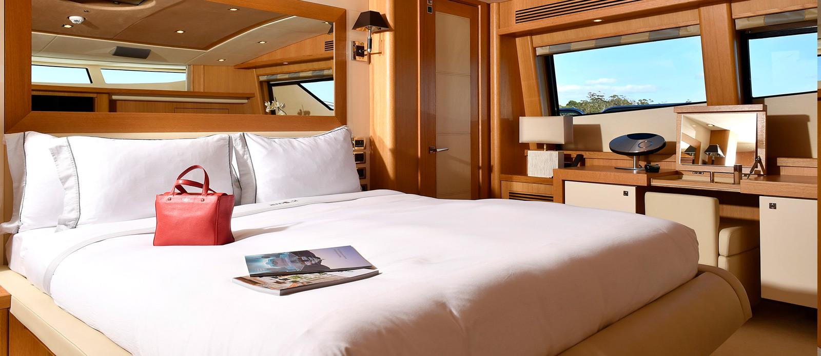 Sunseeker-34-Metre-Yacht---Emoji---Master-Cabin-2