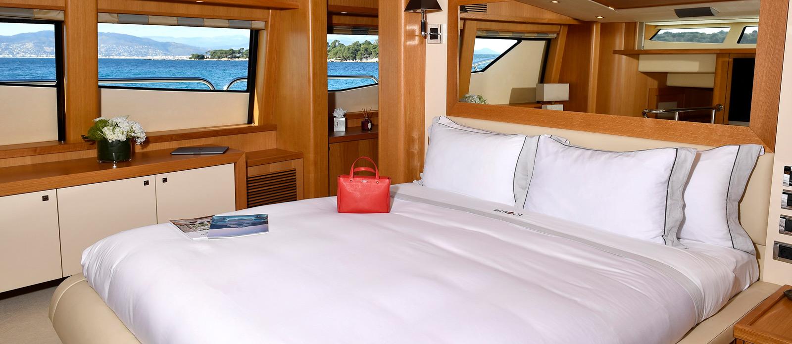 Sunseeker-34-Metre-Yacht---Emoji---Master-Cabin-3