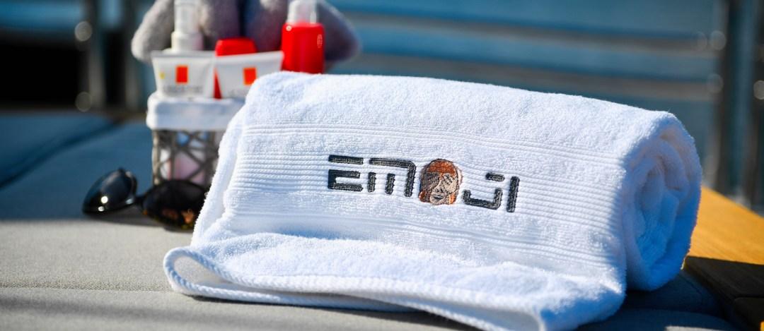 Sunseeker-34-Metre-Yacht---Emoji---Sunpad