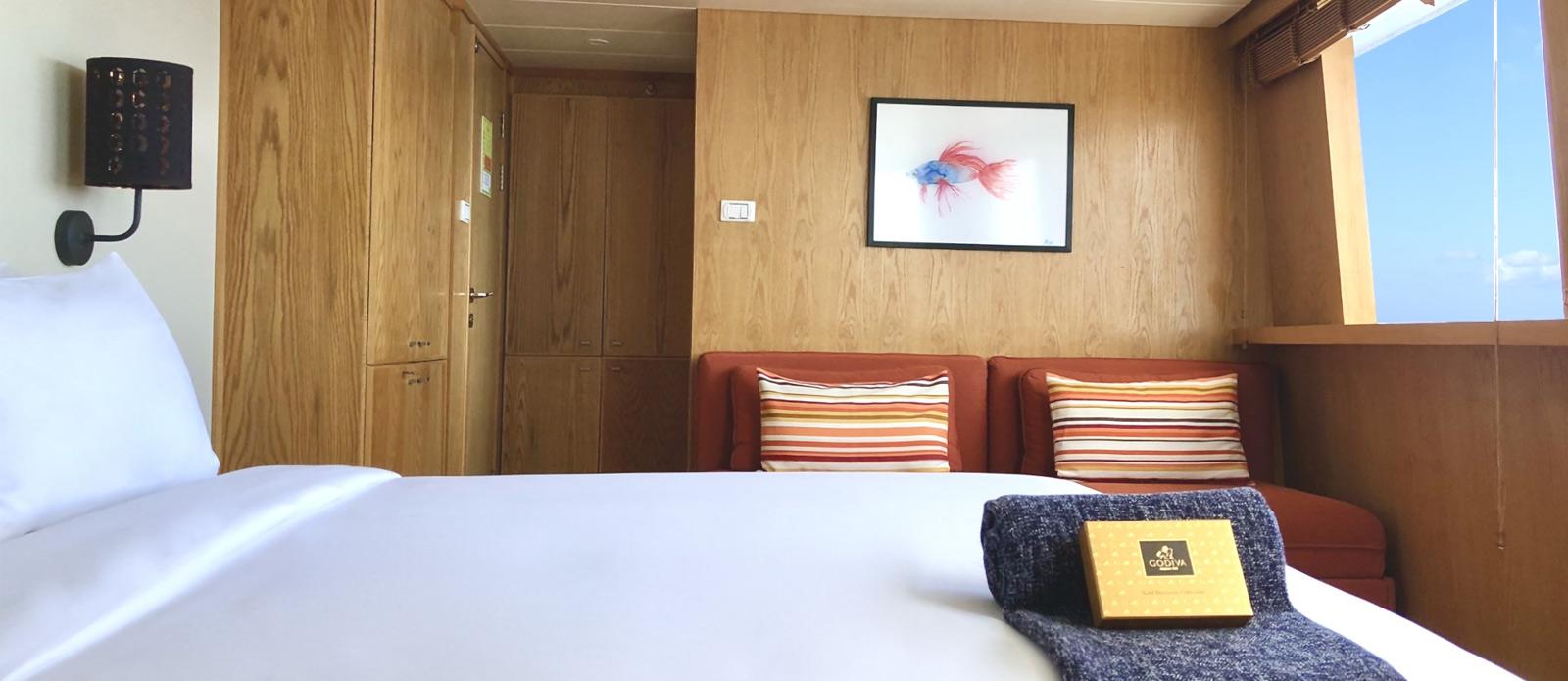Safira-Luxury-Yacht-For-Sale-Interior-7
