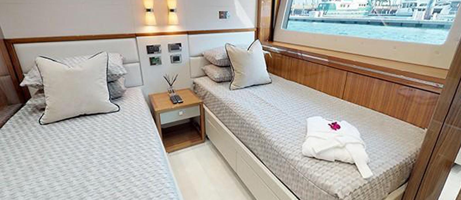 Sunseeker-116-Sport-Yacht-Priceless-5