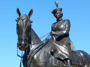 Queen Elizabeth II statue on horseback