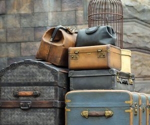 Harry Potter themed tour, suitcases at platform 9 3/4